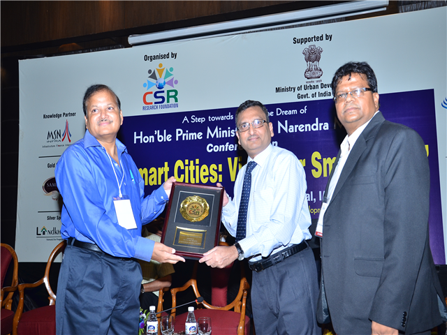 CONFERENCE ON 100 SMART CITIES - Mr MUKESH SINGHAL CEO of URS HONOURED FOR THEIR VALUED PARTICIPATION ON CSR ROLE - SMART CITIES VISION